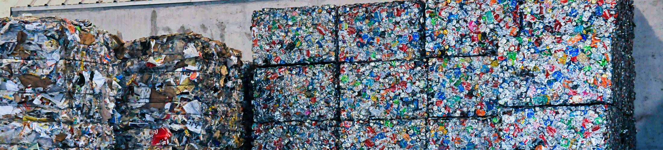 Compact bales of cans and other trash
